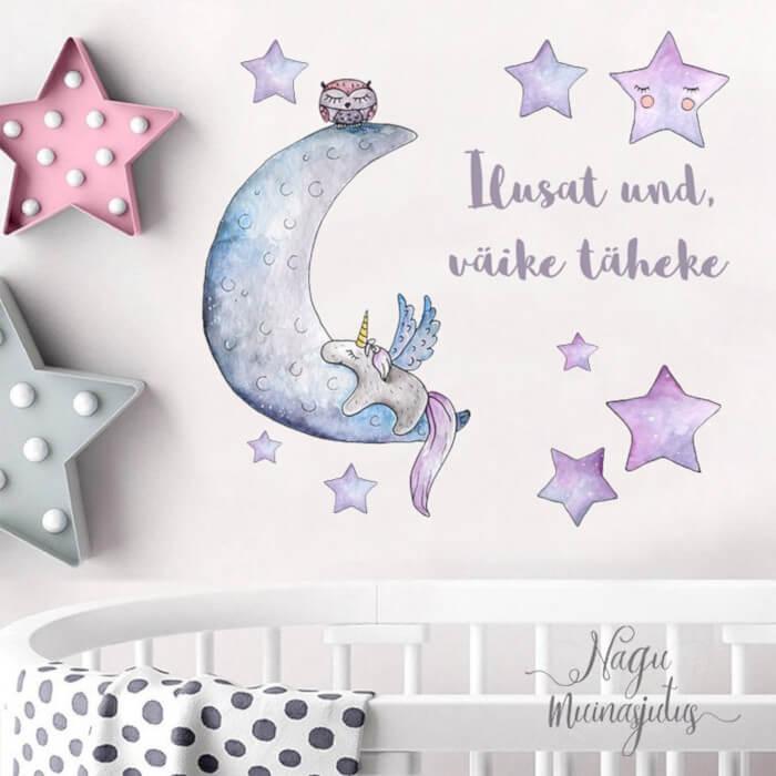 nagu muinasjutus seinamaal kuu tähed ükssarvik