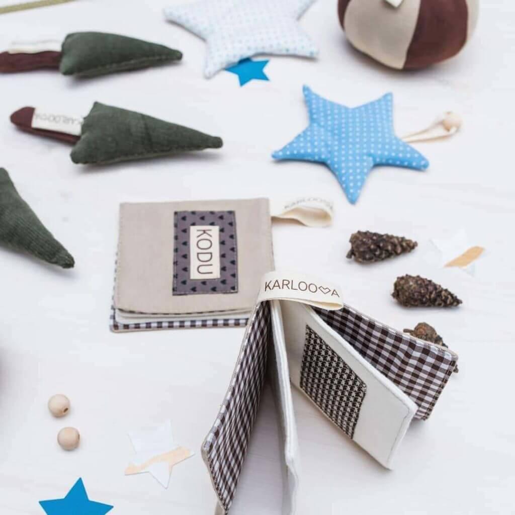 KArloova tooted - raamat, tähed, puud