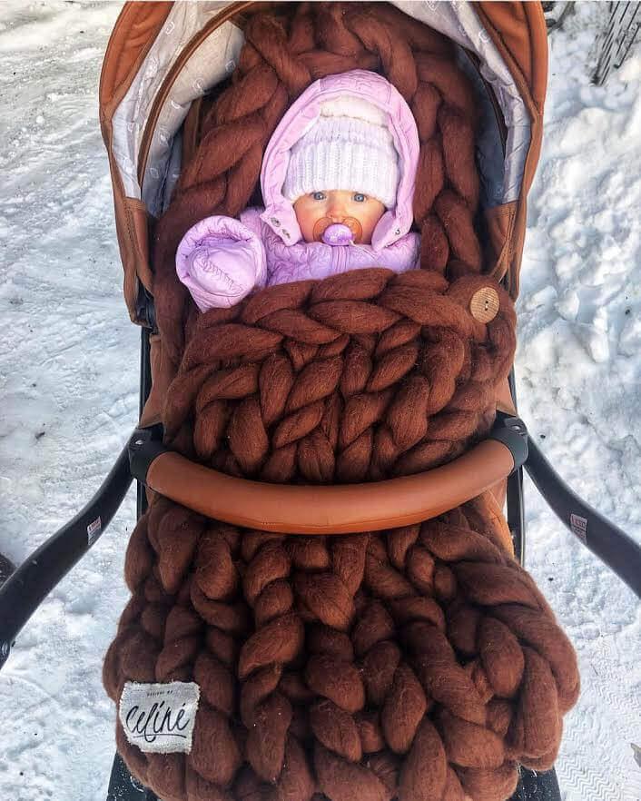 Pruun meriinovillast beebi soojakott Designs of Celine