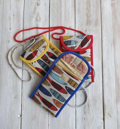Telefonikott KALAD kollase, punase, sinise äärega koos