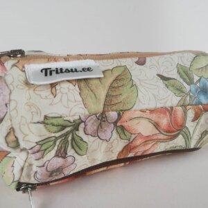 Lilleline suur kott tumesinise, pruuni, beeži lukuga