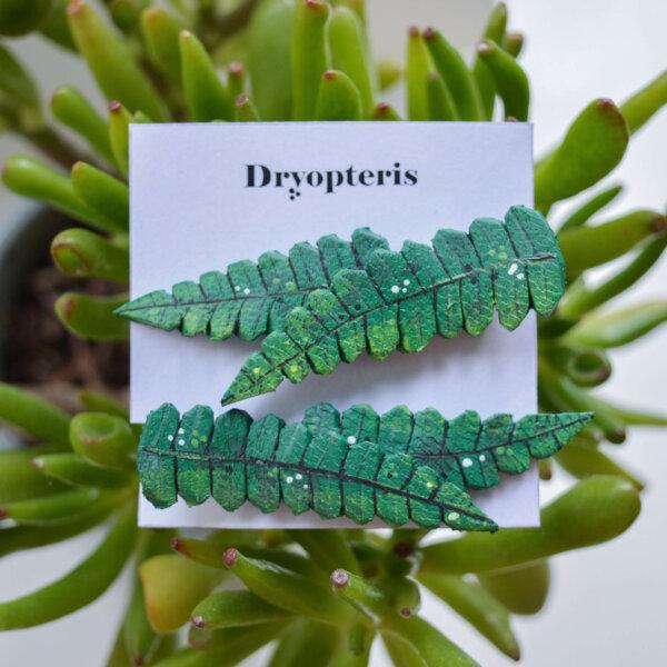 Väikesed 2lehega klambrid roheline scaled