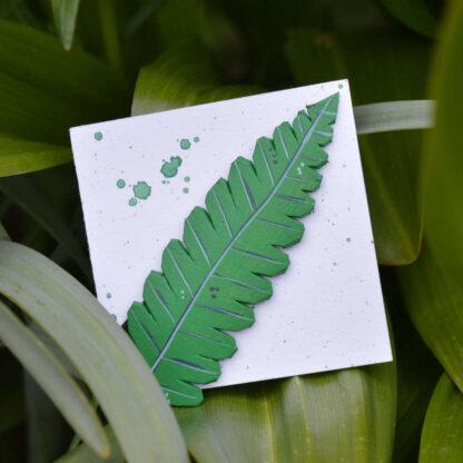 keskmine klamber roheline